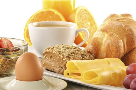 Start the day with a delicious breakfast that we offer ...